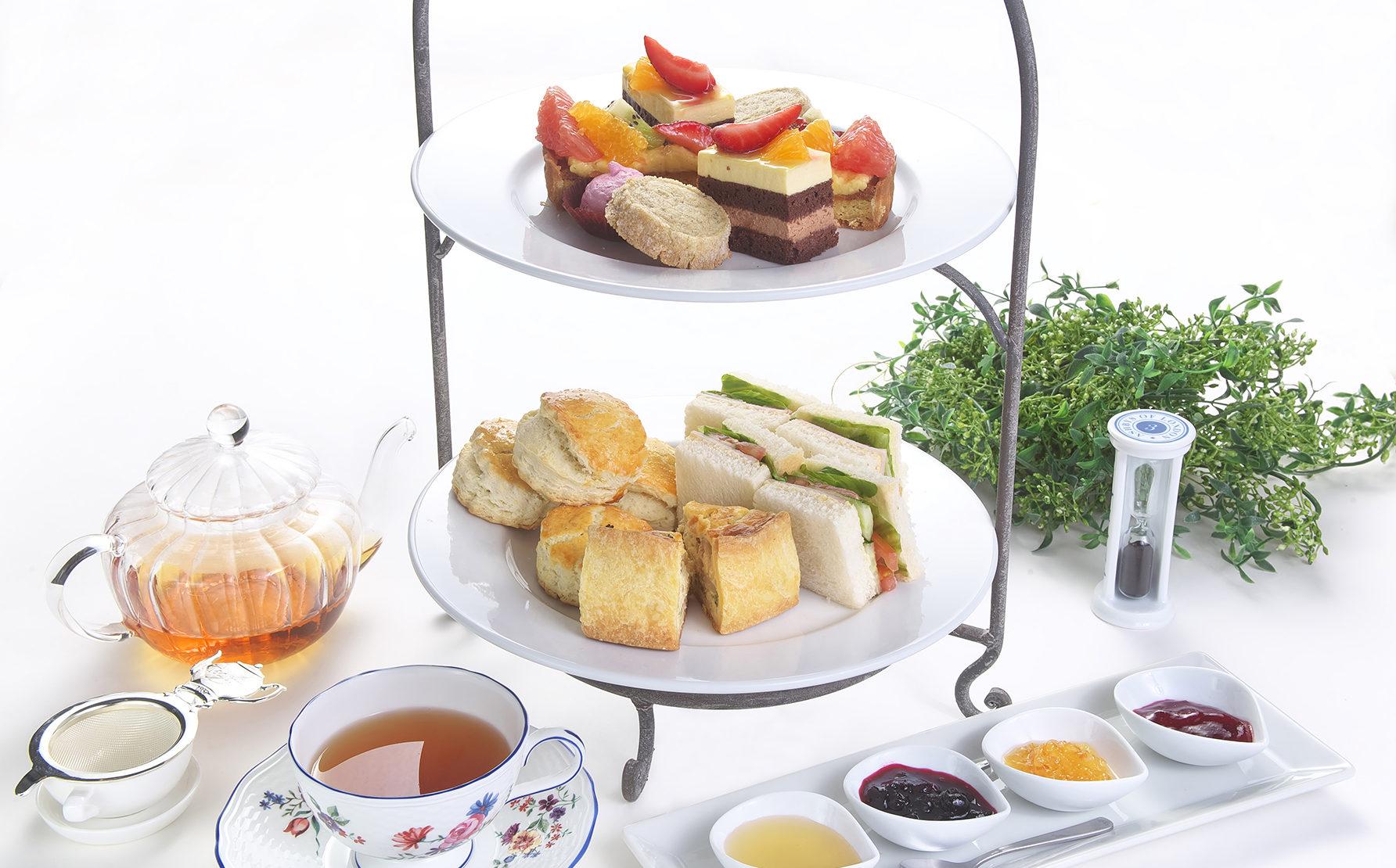 ビブリで味わう紅茶と菓子・軽食を楽しむ優雅なお茶会。