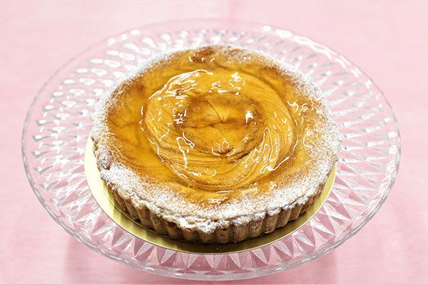 アトリエビブリ 松阪市のケーキ&カフェ 林檎タルト