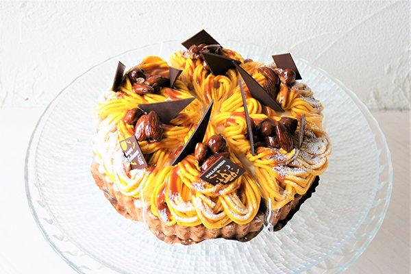 アトリエビブリ 松阪市のケーキ&カフェ かぼちゃモンブランタルト